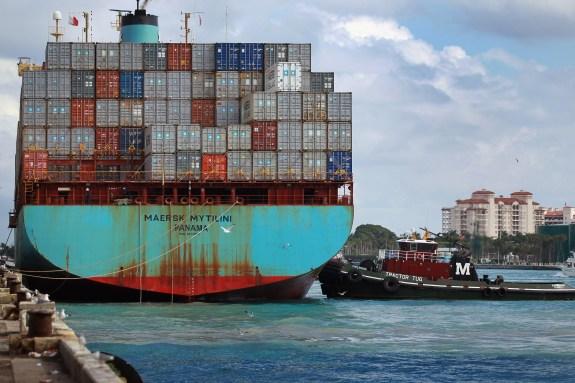US Exports Increase, Narrowing Trade Deficit
