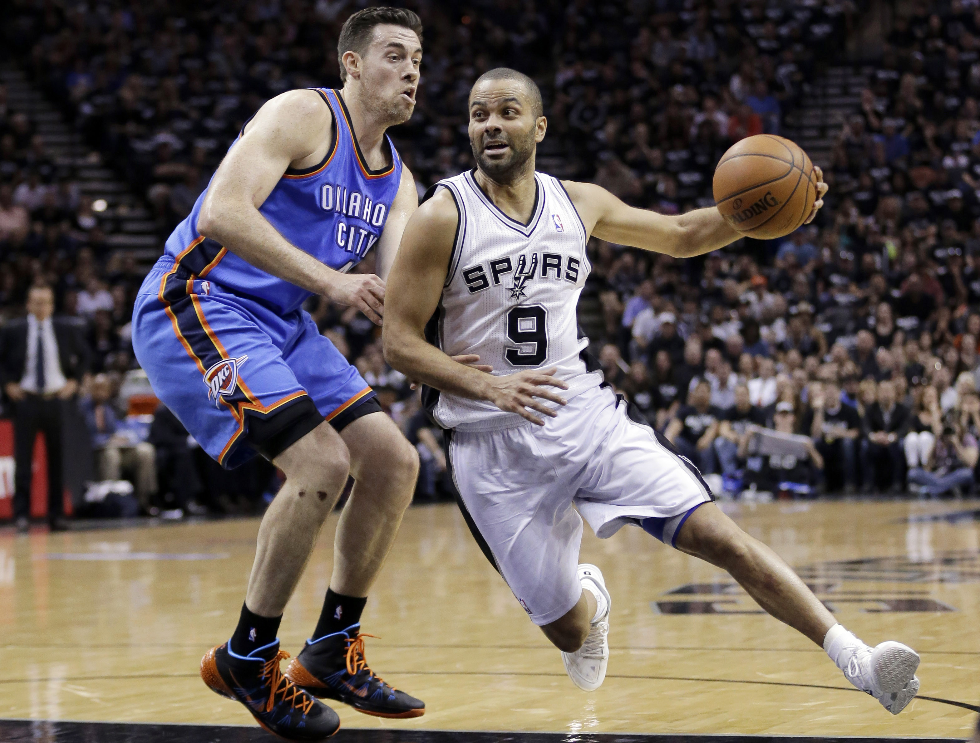 Tony Parker, Nick Collison