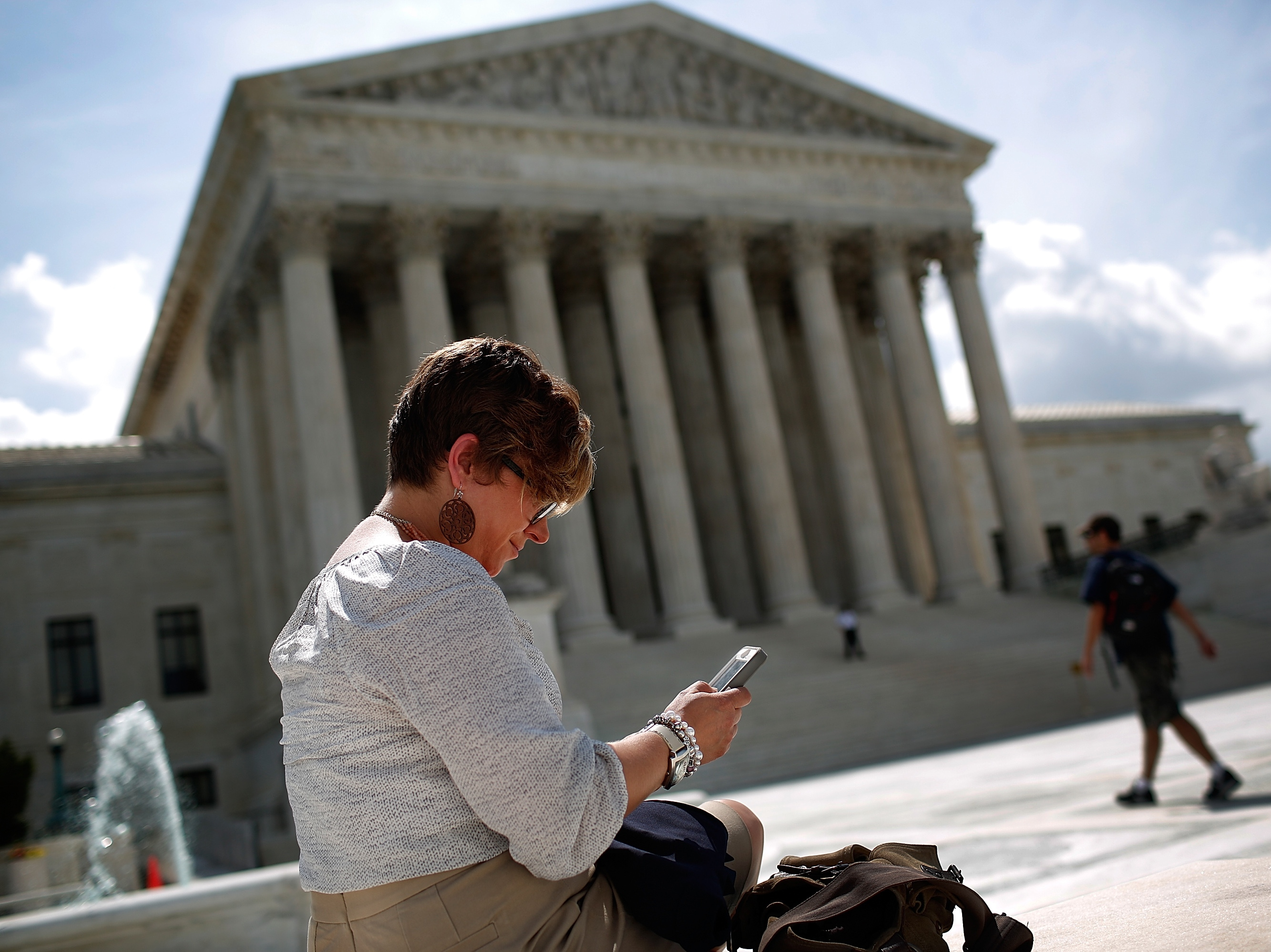Supreme Court Delivers Decisions Against Aereo And Rules In Favor Of Cellphone Privacy