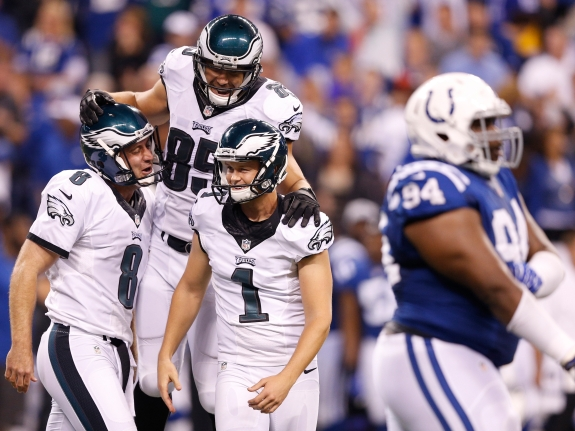 504259723JR011_EAGLES_COLTS