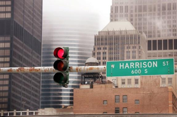 Survey Calls U.S. Traffic Signals Inefficient
