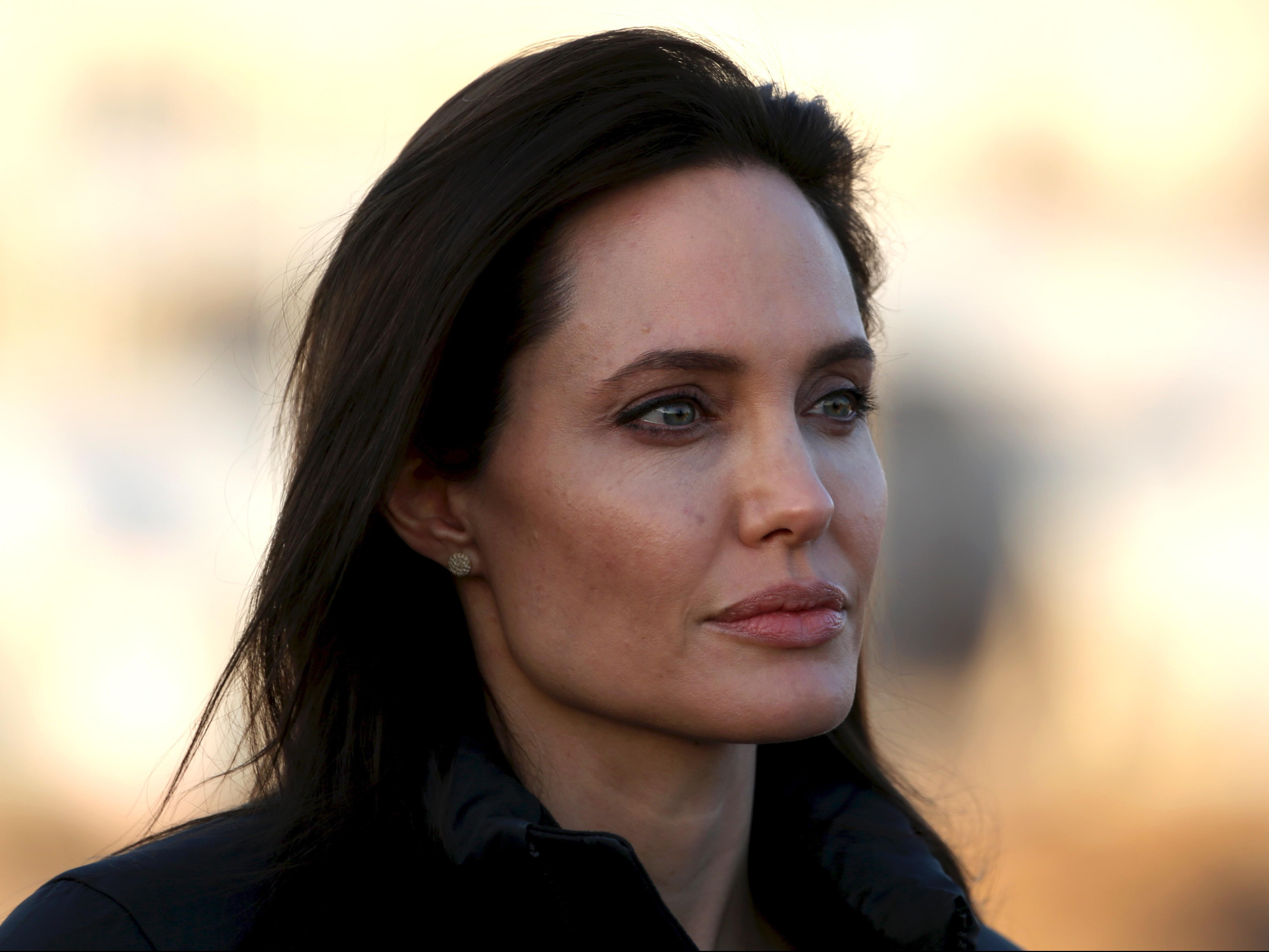 Angelina Jolie visits Ezidi refugee camp in Irak's Dohuk