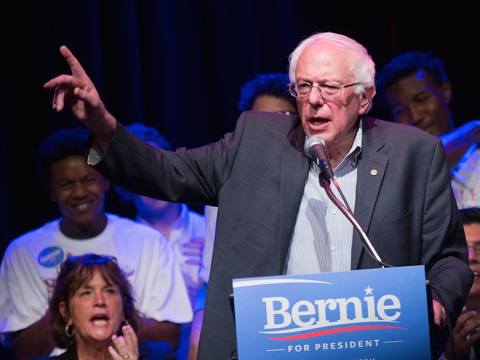 Democratic Presidential Candidate Sen. Bernie Sanders (I-VT) Campaigns In Chicago