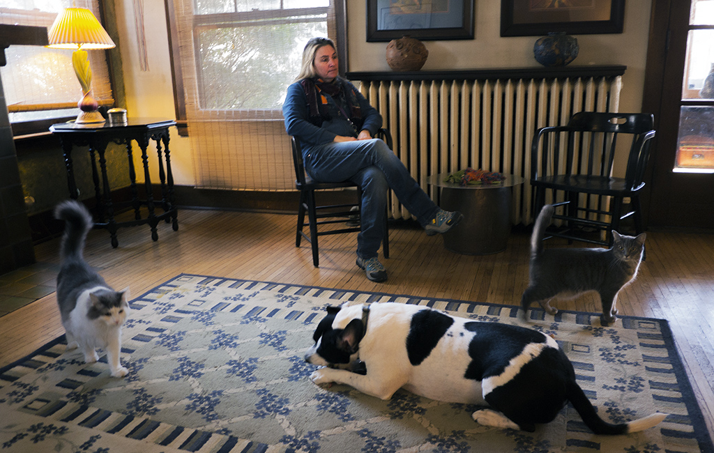 Sue Postal in her Toledo home last month.