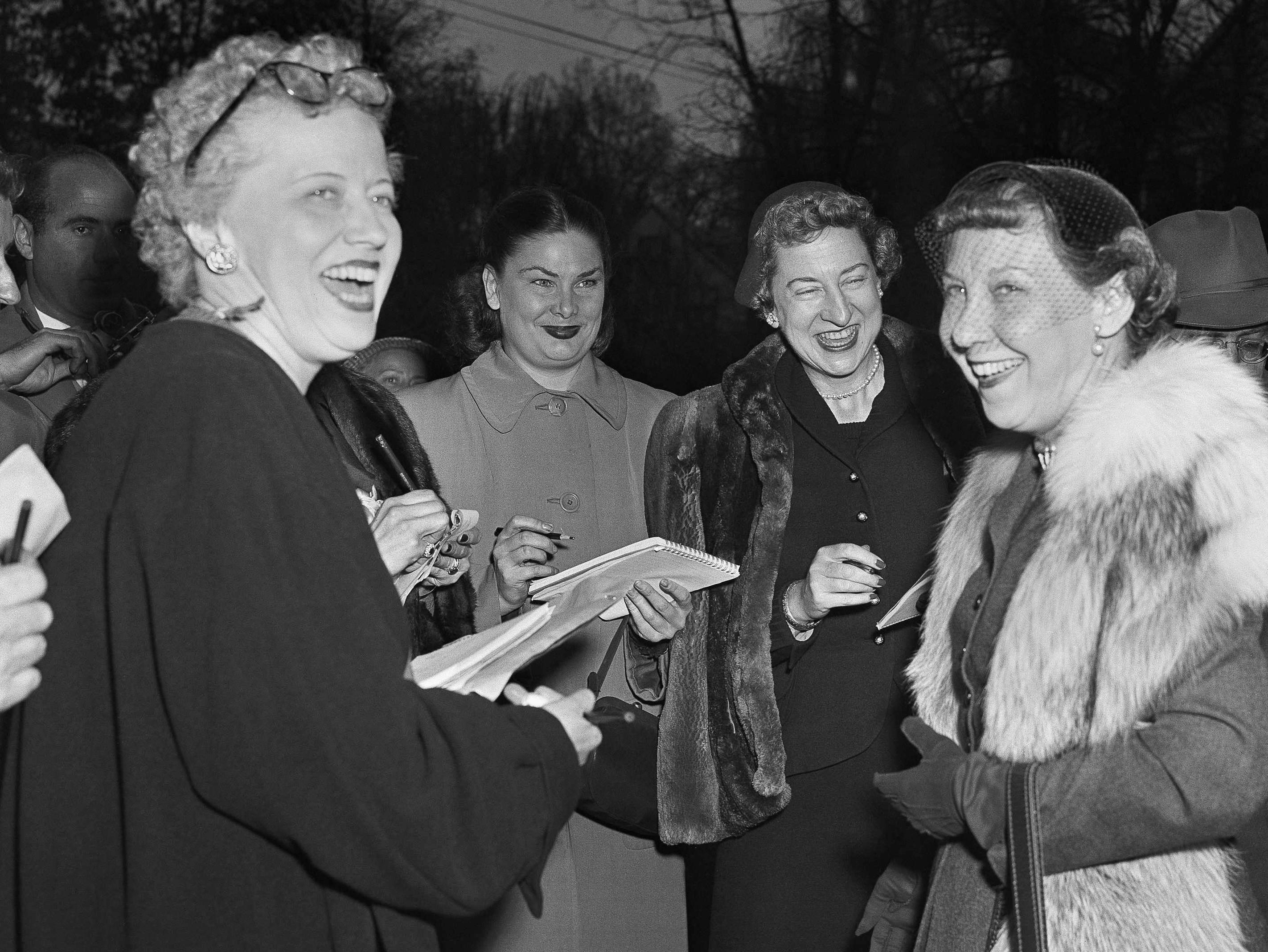 Mamie Eisenhower  with Ruth Cowan