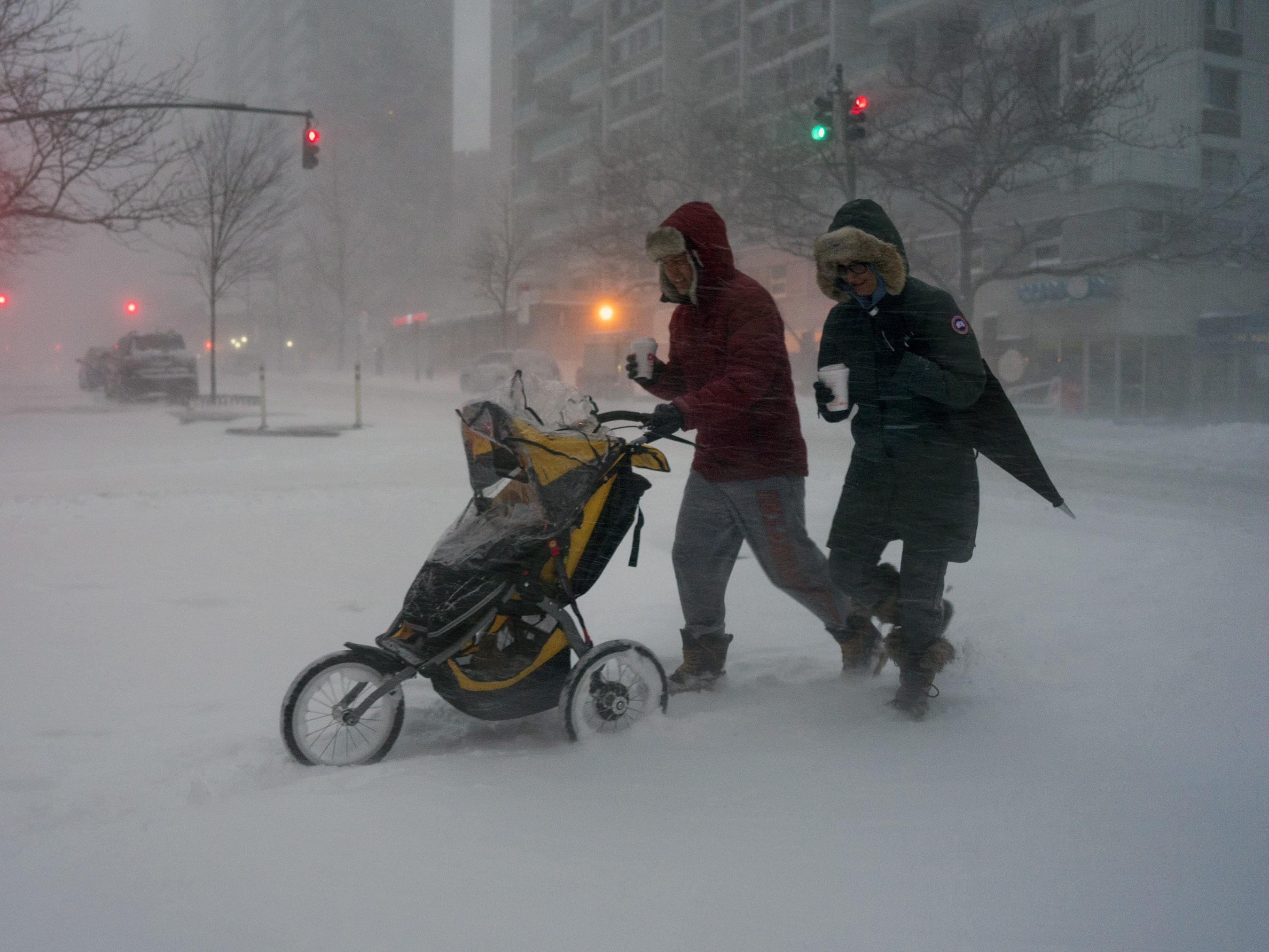 APTOPIX Big Snowstorm New York