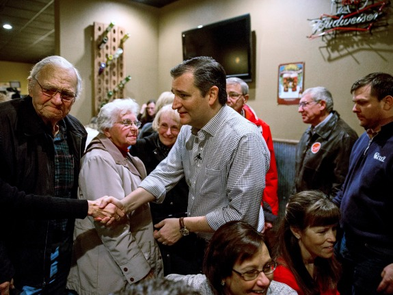 Ted Cruz Begins Six-Day Campaign Swing Across Iowa