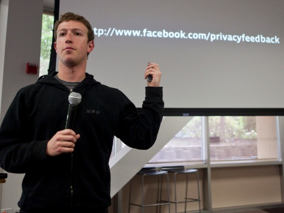 Facebook Executives Outline New Simpler Privacy Controls