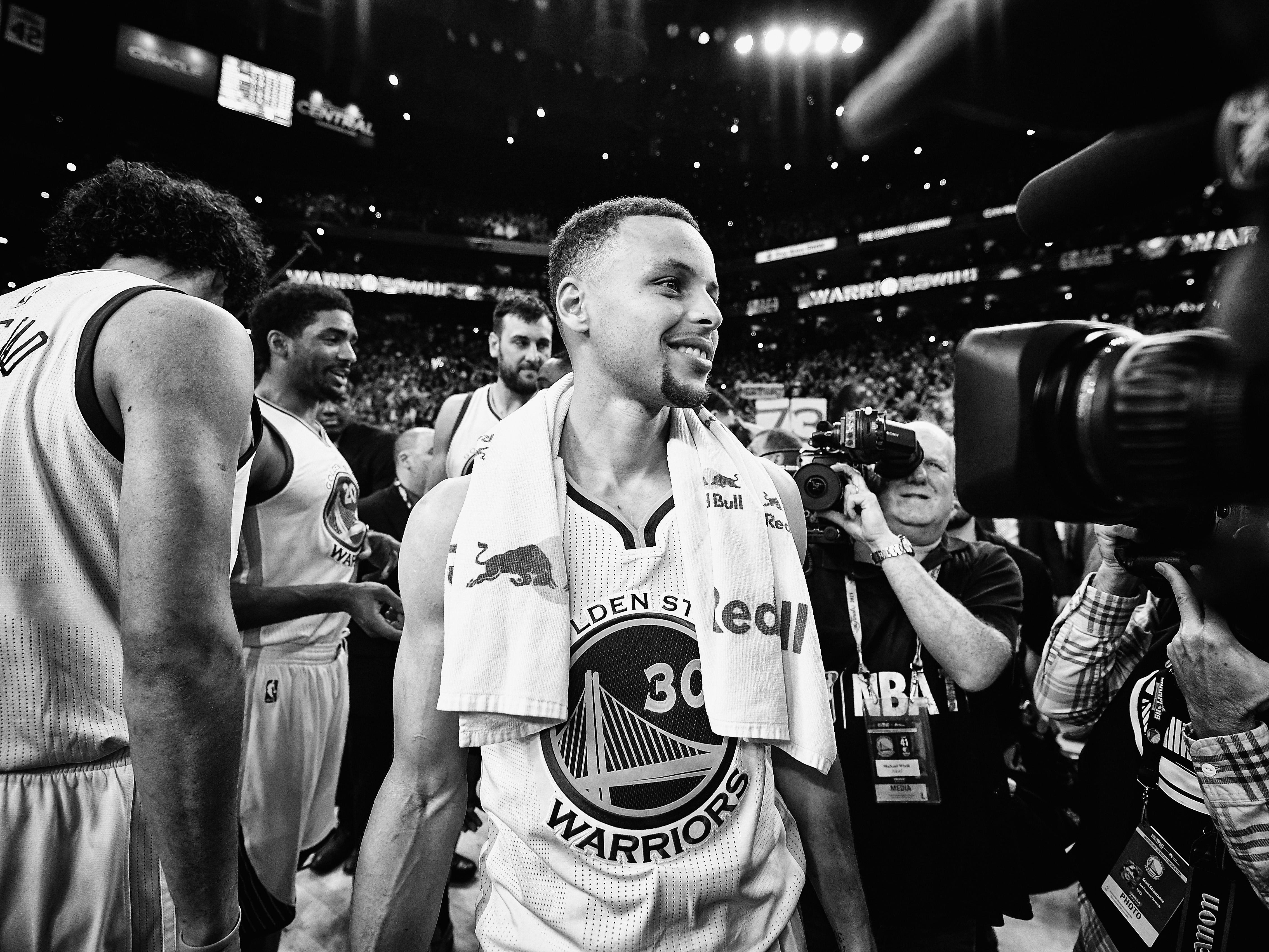 Memphis Grizzlies v Golden State Warriors