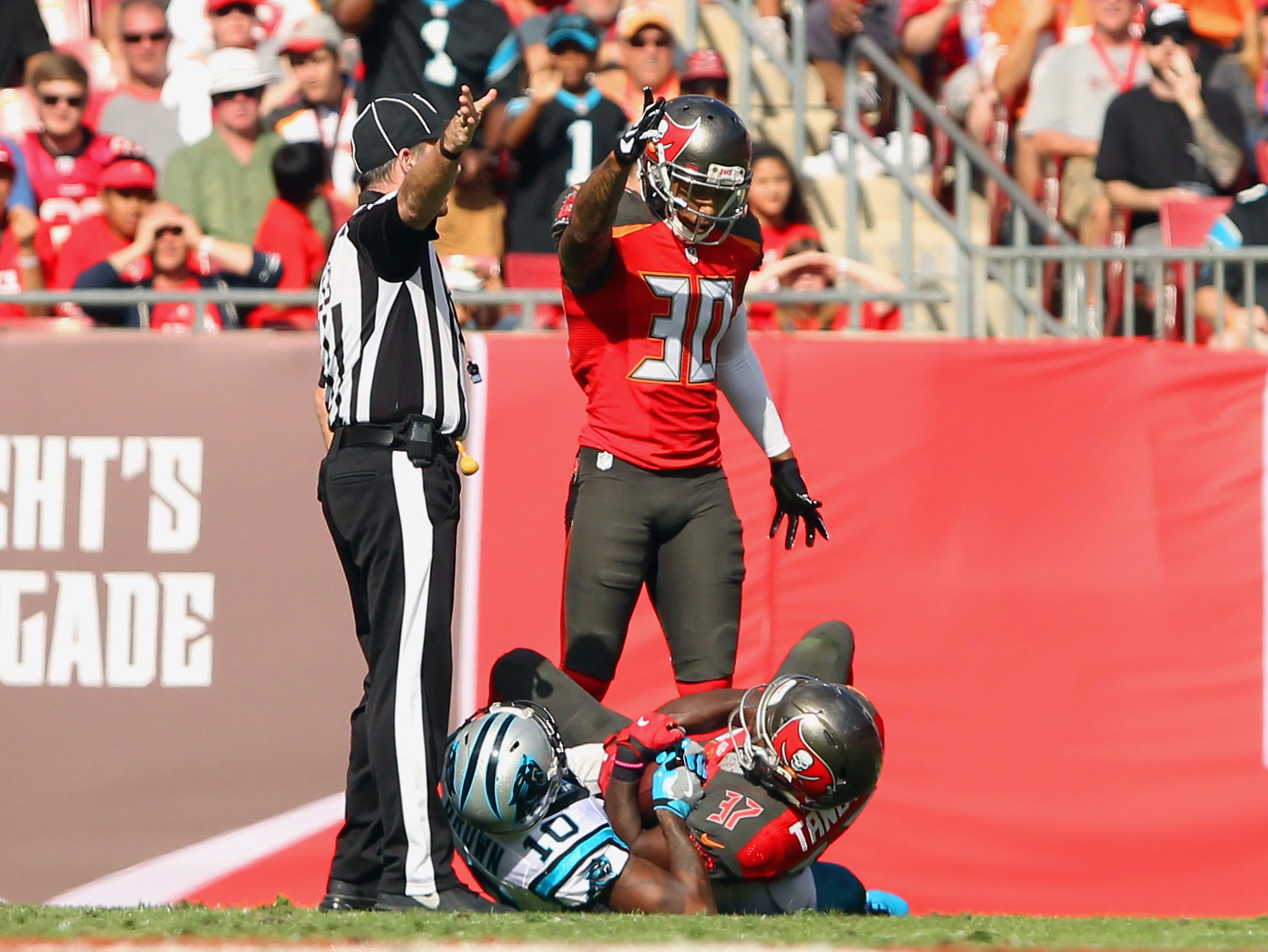 NFL: JAN 01 Panthers at Buccaneers