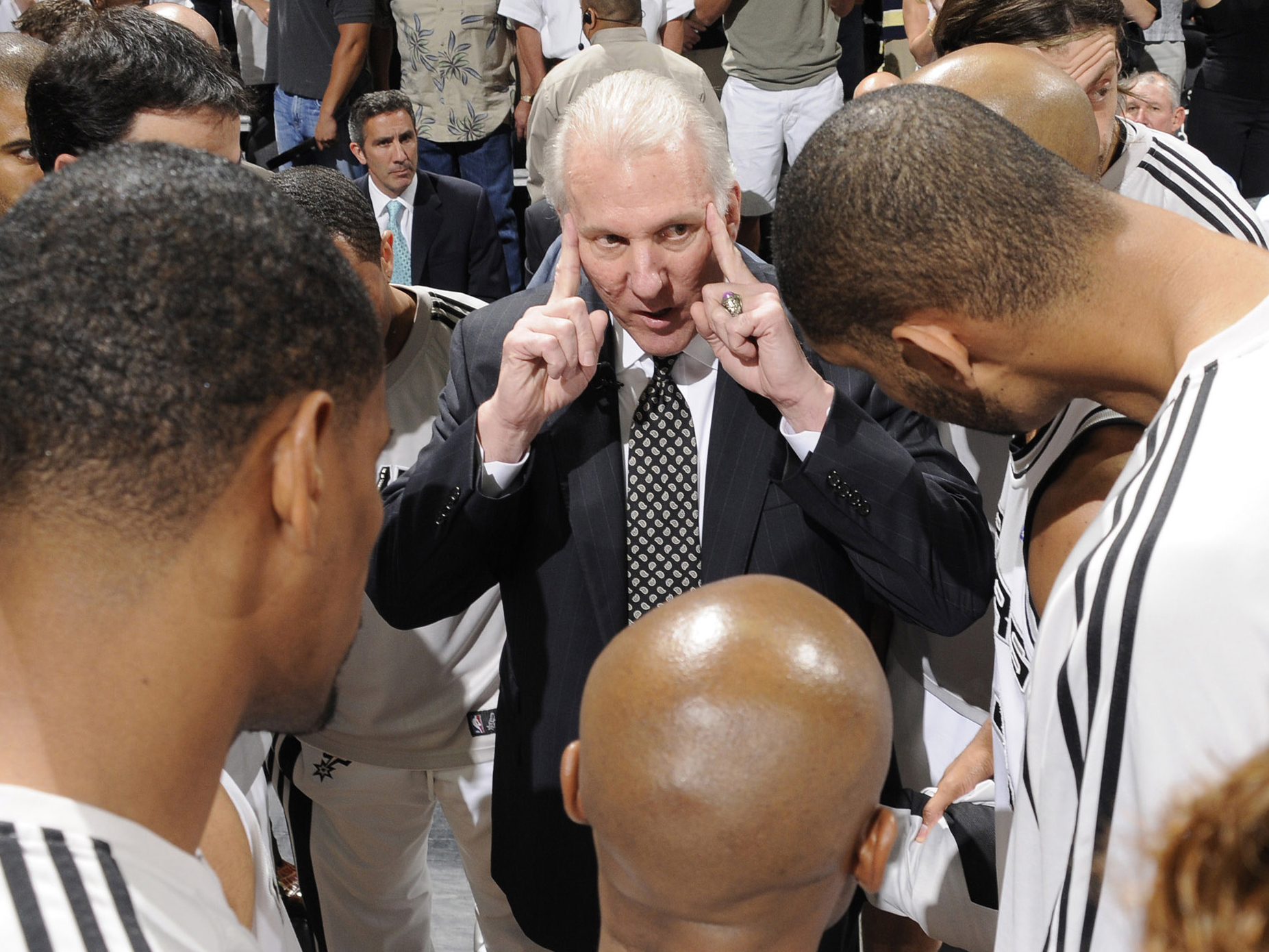 New Orleans Hornets v San Antonio Spurs, Game 3