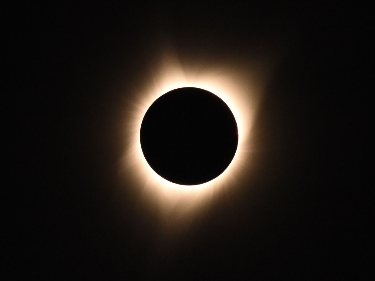 Who can solve dreams What a dream of a solar eclipse Beautiful, but scary