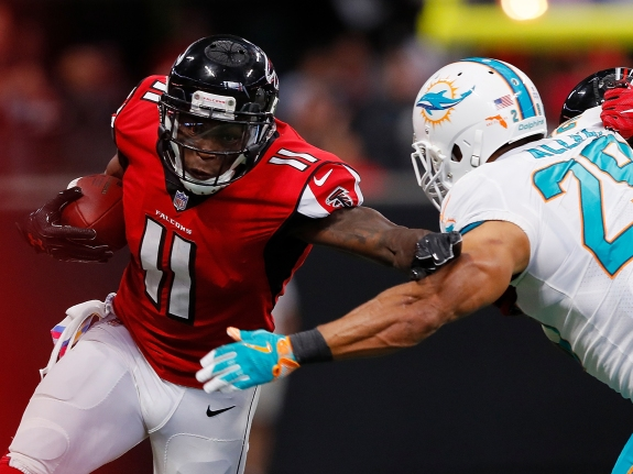 Miami Dolphins v Atlanta Falcon