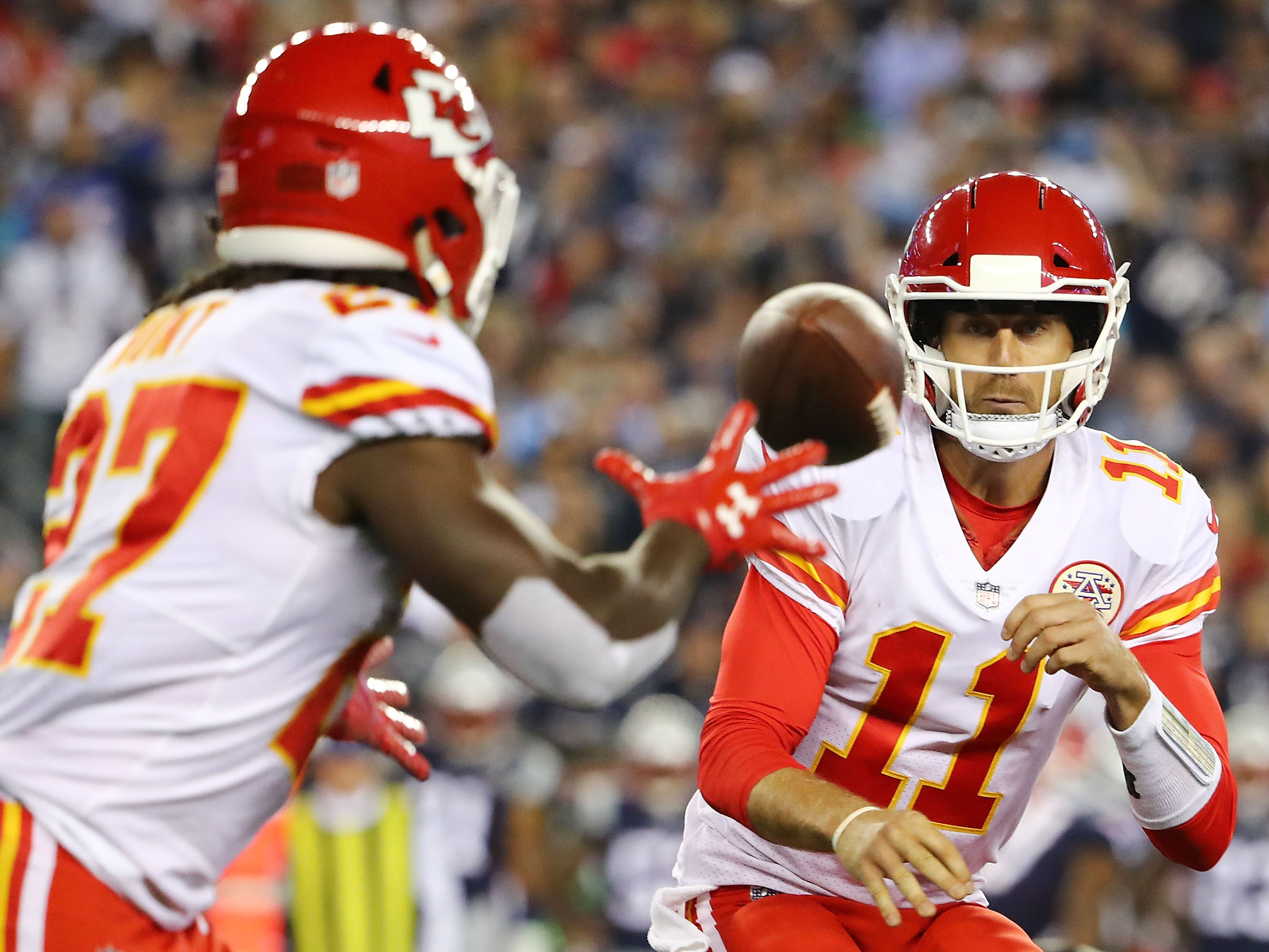 82b916a219b NFL Quarterbacks Are Leaning On The Short Pass — And It s Not Working