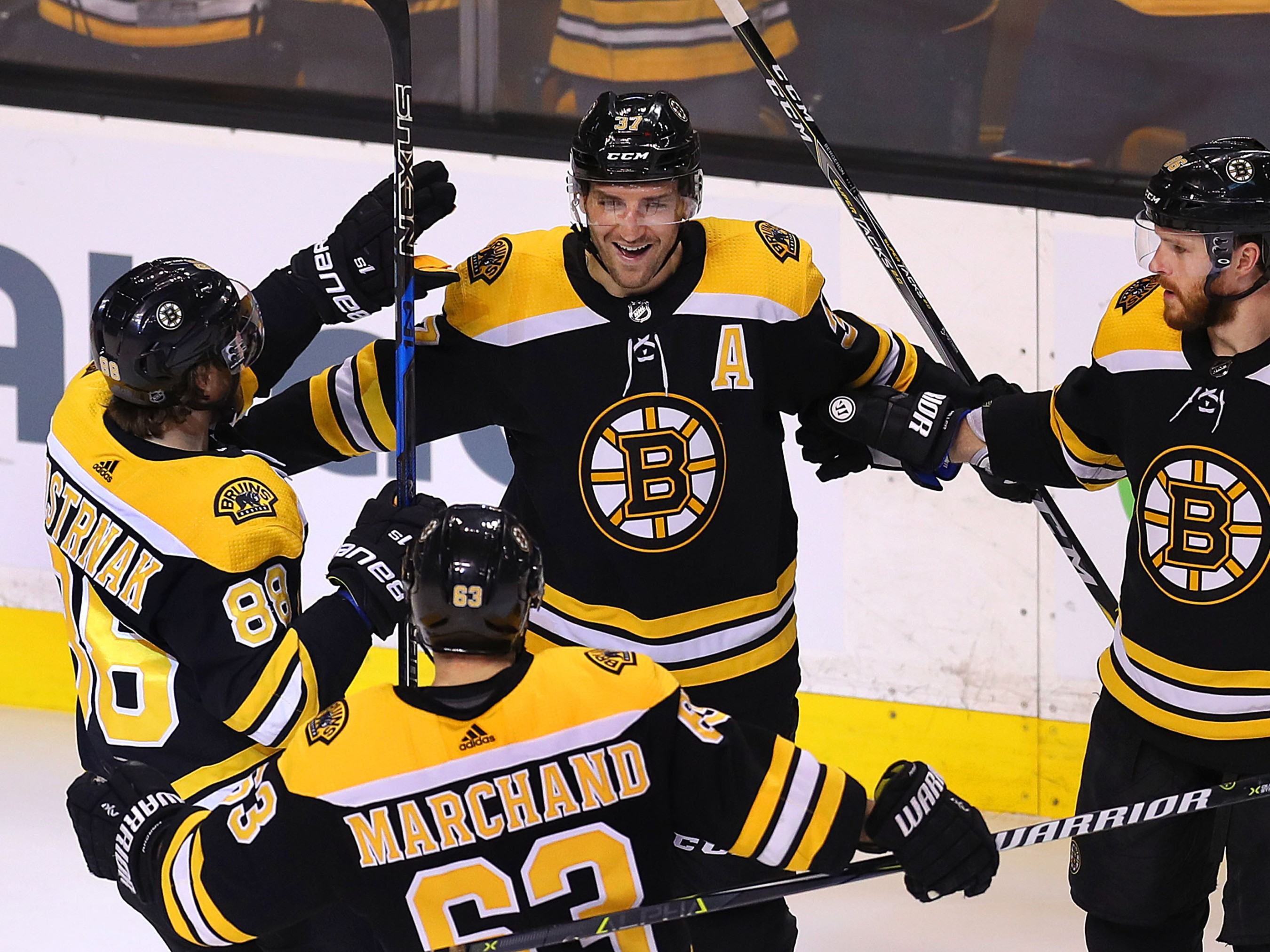 One More Reason To Raise A Fist At Boston Sports: The ...Bruins Hockey