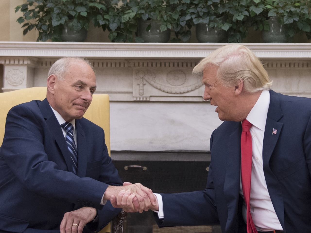 TOPSHOT-US-POLITICS-TRUMP-KELLY