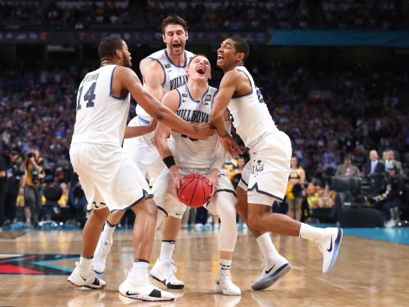 459dcee64af Michigan v Villanova. Donte DiVincenzo and the Villanova Wildcats won each  of their games in the tournament by at least 12 points.