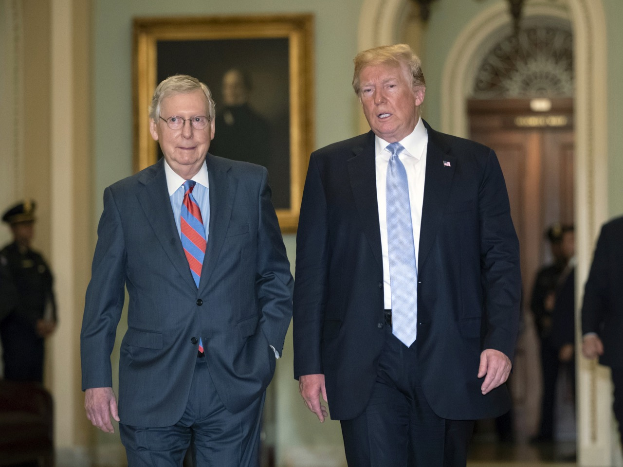 Donald Trump,Mitch McConnell