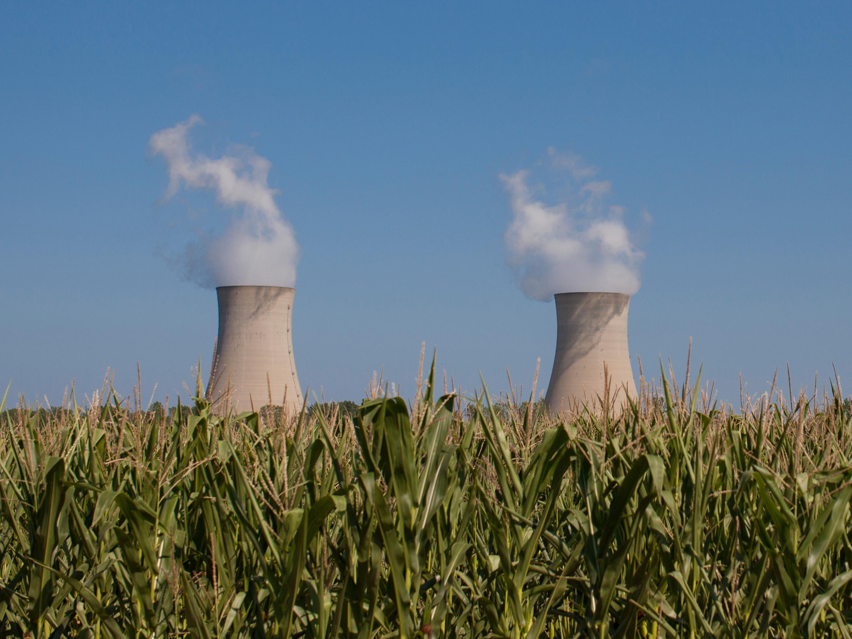 "Fermi 2″"" beyond a corn field, Enrico Fermi Nuclear Generating Station, Monroe, Michigan, USA"