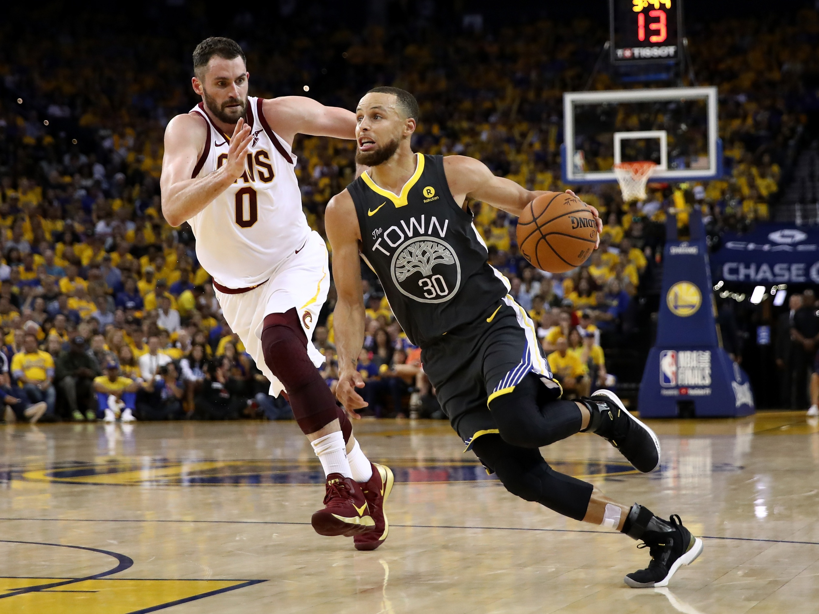 c212ed1d116f Steph Curry Is Running Circles Around The Cavs  Defense. By Chris Herring