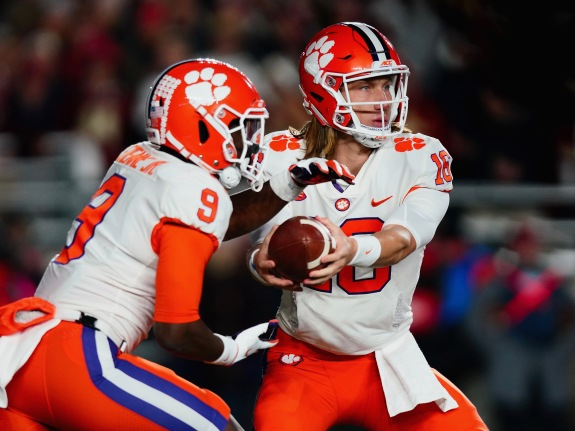 Clemson's Run Game Could Give Notre Dame Fits