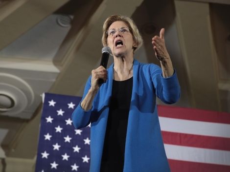 Senator Elizabeth Warren Holds Iowa Organizing Events For 2020 Presidential Race
