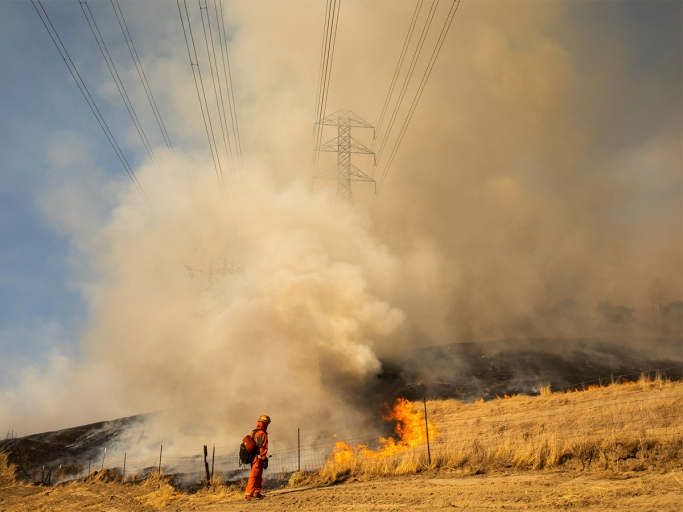 US-CALIFORNIA-FIRE-EMERGENCY