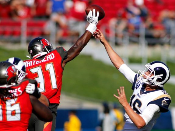Tampa Bay Buccaneers v Los Angeles Rams