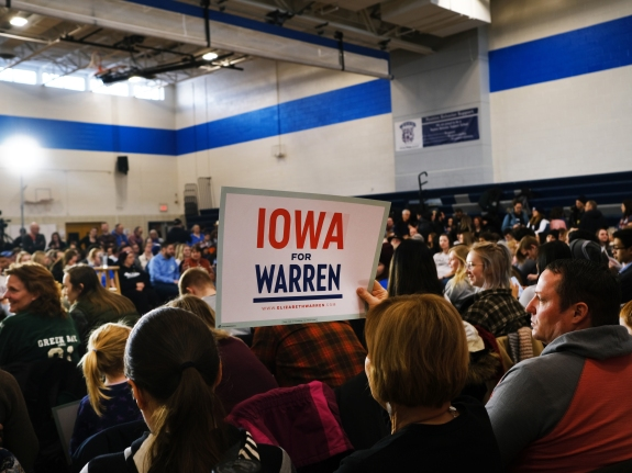 Presidential Candidate Elizabeth Warren Holds Town Hall In Des Moines