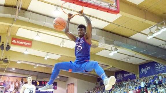 Kansas's Udoka Azubuike Has Found The Formula For Efficiency: Dunk A Lot