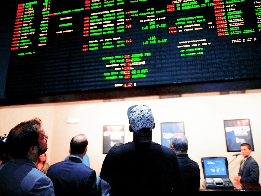 Football betting analyst jobs pikelny bitcoins buy