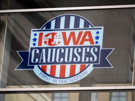 US-VOTE-ELECTION-IOWA