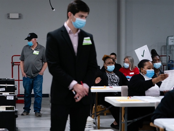 Georgia Begins Hand Tally Of Presidential Race