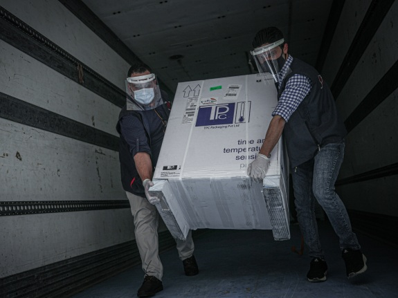 First batch of Covid-19 vaccines sent by WHO arrive in Idlib
