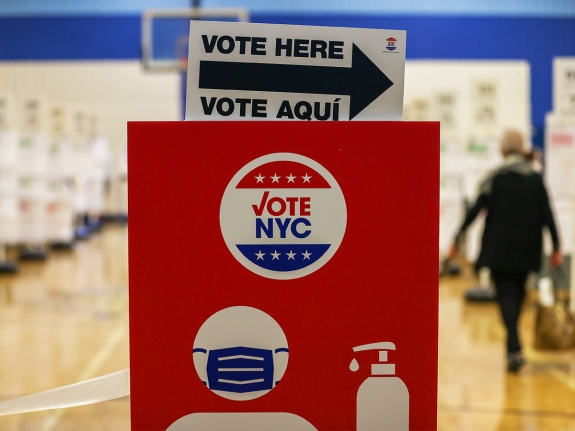 Voters head to polls in mayoral primary election in New York City