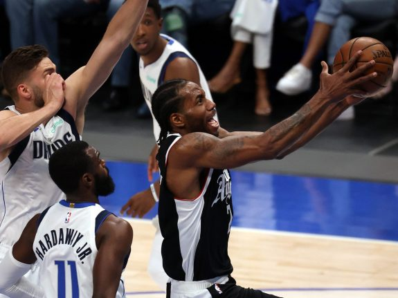 Los Angeles Clippers v Dallas Mavericks – Game Four