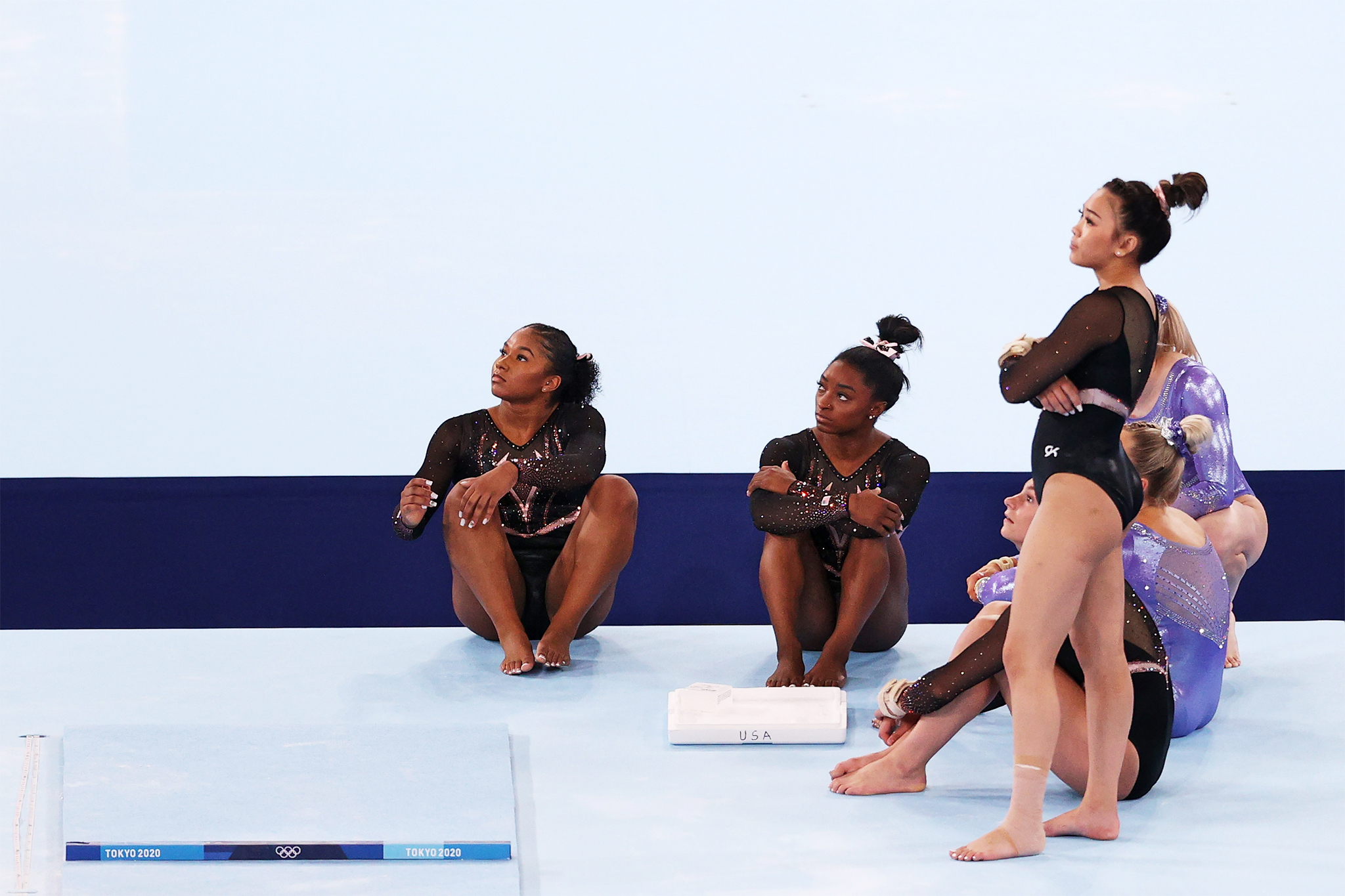 Jordan Chiles, Simone Biles, Grace McCallum, Sunisa Lee (standing), MyKayla Skinner and Jade Carey