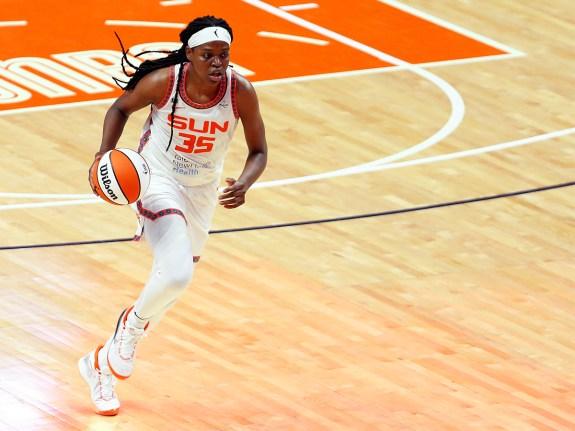 WNBA: JUN 01 Las Vegas Aces at Connecticut Sun