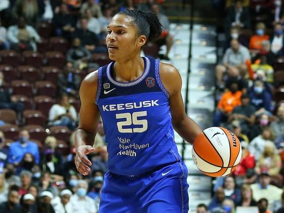 WNBA: SEP 30 Semifinals – Chicago Sky at Connecticut Sun