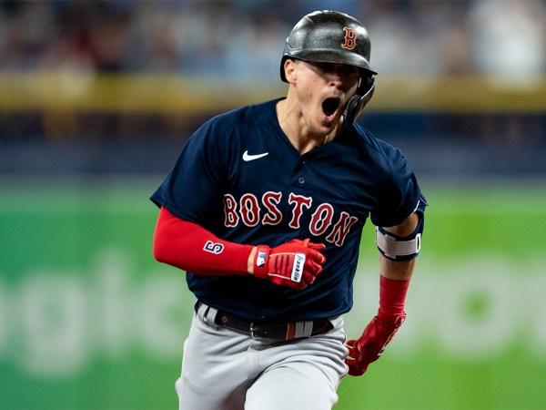 Enrique Hernandez #5 of the Boston Red Sox
