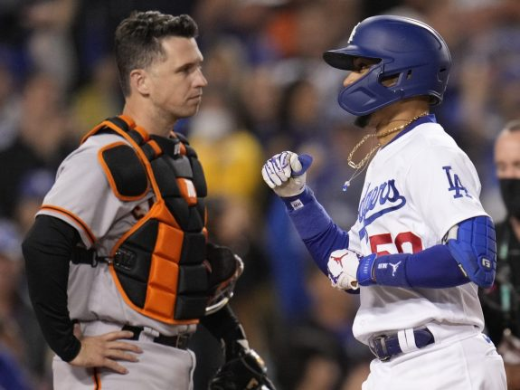 Los Angeles Dodgers defeated the San Francisco Giants 7-2 during game 4 of the National League Division Series game.